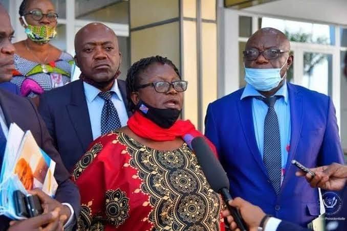La Syndicaliste Cécile TSHIYOMBO reçoit un diplôme honorifique de la Citoyenneté