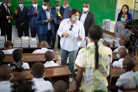 Denise Nyakeru inaugure deux écoles à Kisenso et Maluku