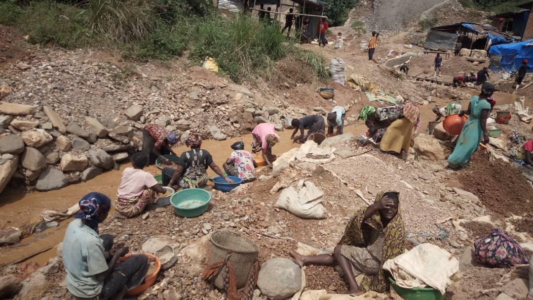Sud-Kivu : 20 filles mineures rendues grosses dans un carré minier