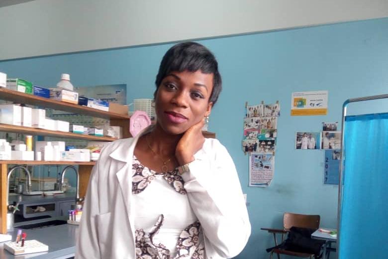 Techniques de laboratoire : Zoom sur la biologiste Nicole Misengabu